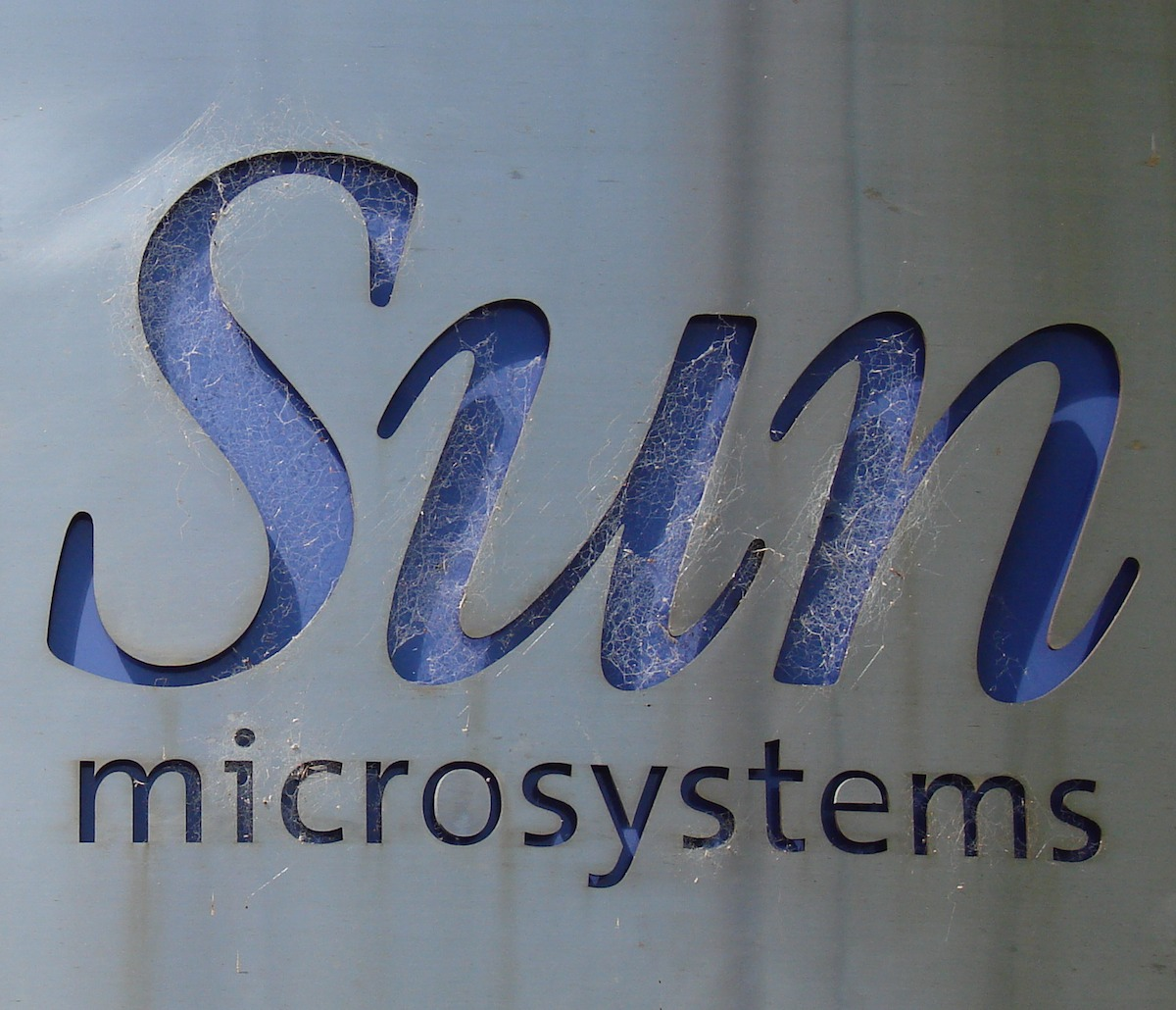 sun microsystems Sun microsystems case solution,sun microsystems case analysis, sun microsystems case study solution, sun microsystems case solution introduction: the sun's background the sun microsystems is a leading network-computing firm, which was established on februa.